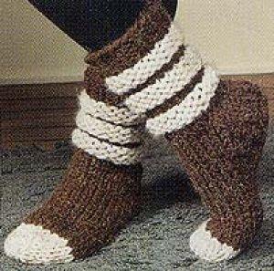 Slouch Socks Knitting Pattern : Lion Brand Yarn Free Knitting Pattern: Scrunchy, Slouchy Slipper Socks Knit...