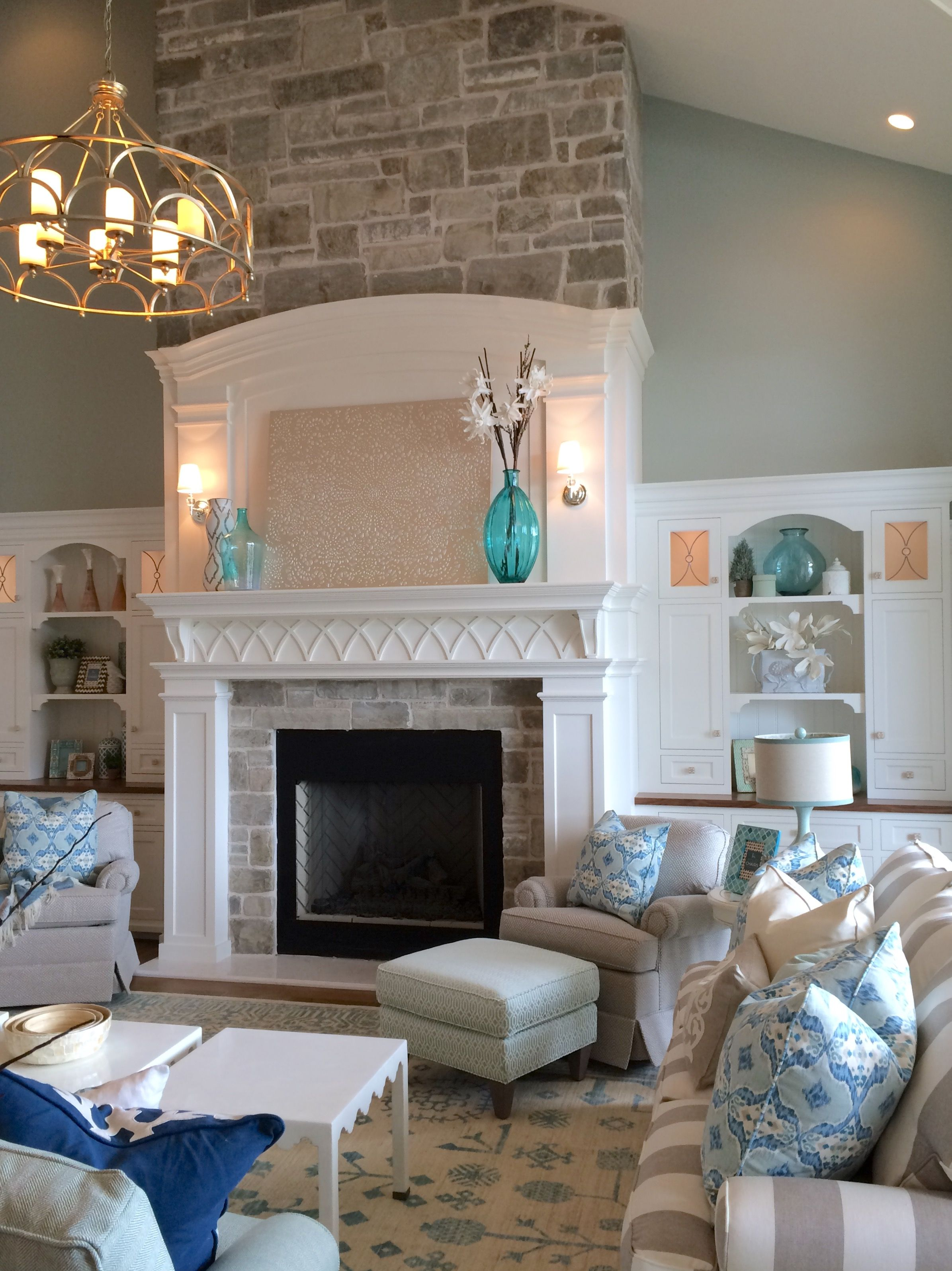 Stone fireplaces - ideas for contemporary living rooms