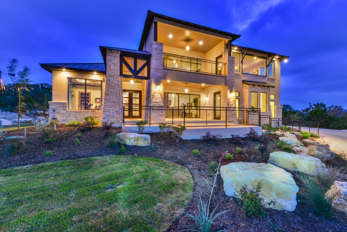Texas Hill Country Contemporary Meets Mountain Ski Lodge
