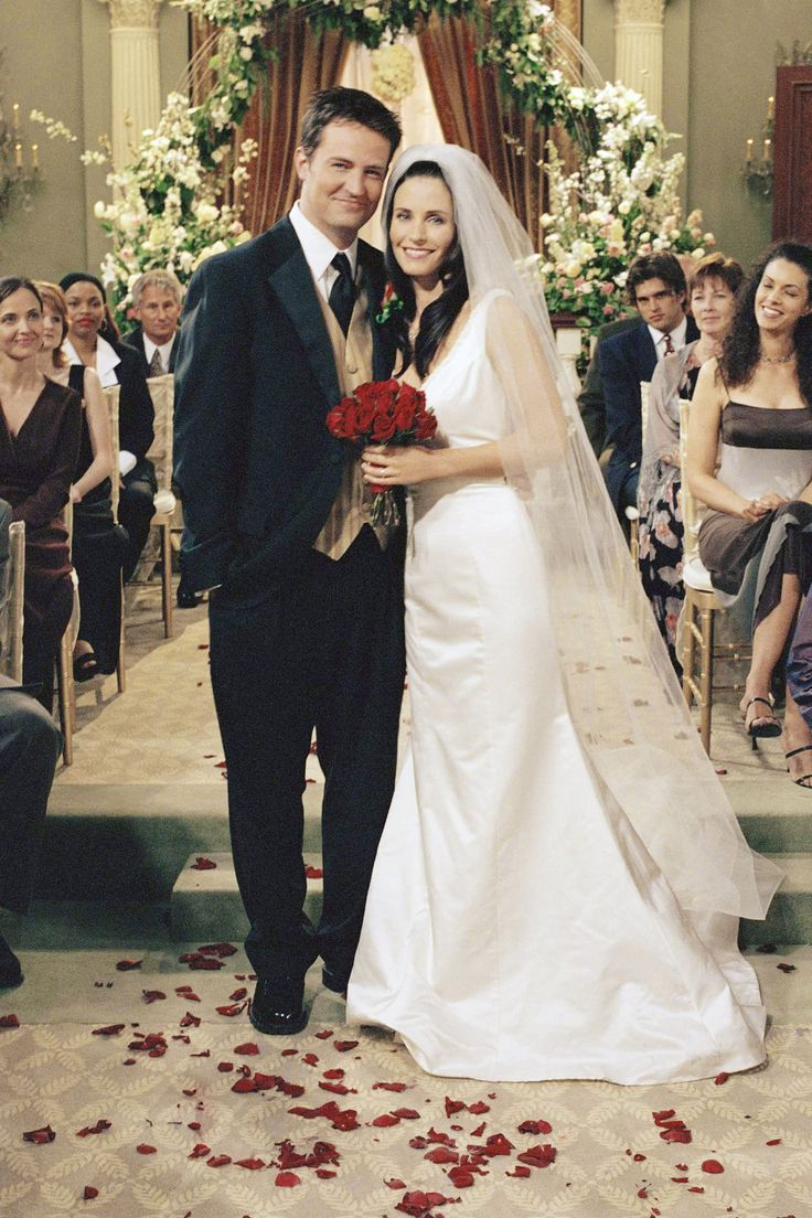 My Favorite Wedding Cast.Mr And Mrs Chandler Bing My Favorite Tv Wedding I Like Tv Too