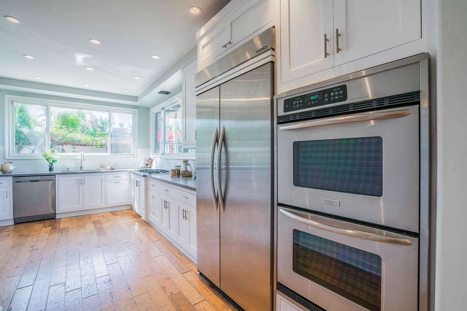 Side Refrigerator Freezer Double Ovens