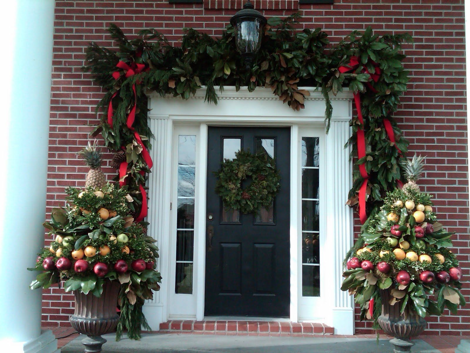 18 most striking diy christmas porch decorations that will melt your heart - Diy Christmas Front Door Decorations