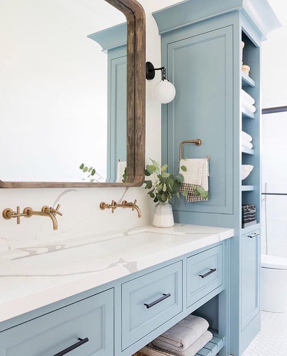 50 Stunning Small Bathroom Storage Ideas To Make The Space Look Serene Bathroom Vanity Bathrooms Remodel Blue Bathroom