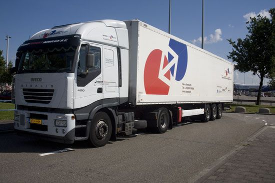 CTS GROUP Distribution & Logistics. No limits in European Distribution & Logistics. www.ctsgroup.nl