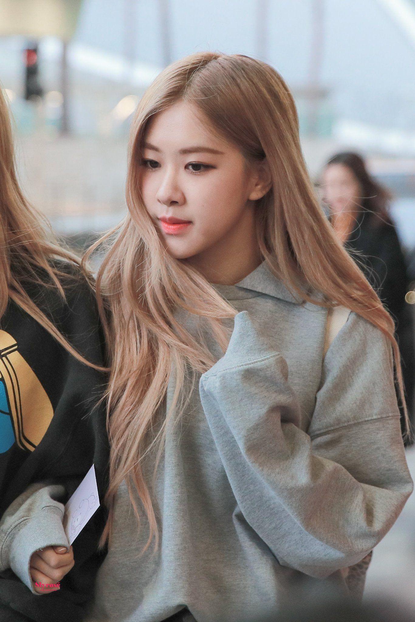 Rose Pics On Twitter Kpop Hair Color Rose Blonde Rose Blonde Hair