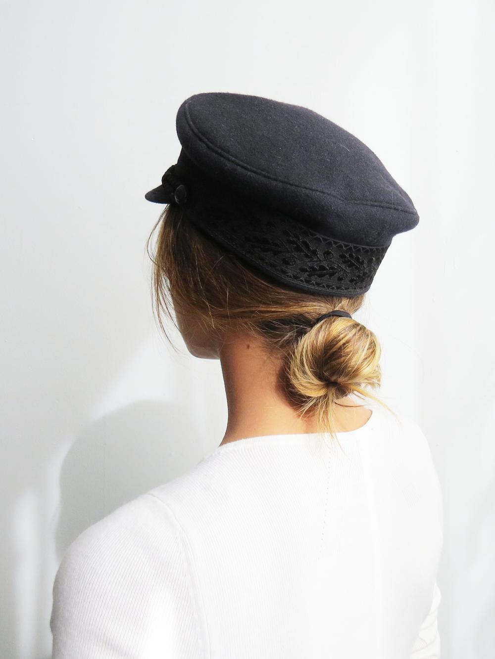 70f8004f352 Mariner Captain s Hat    Vintage 1980 s Navy Cap SOLD