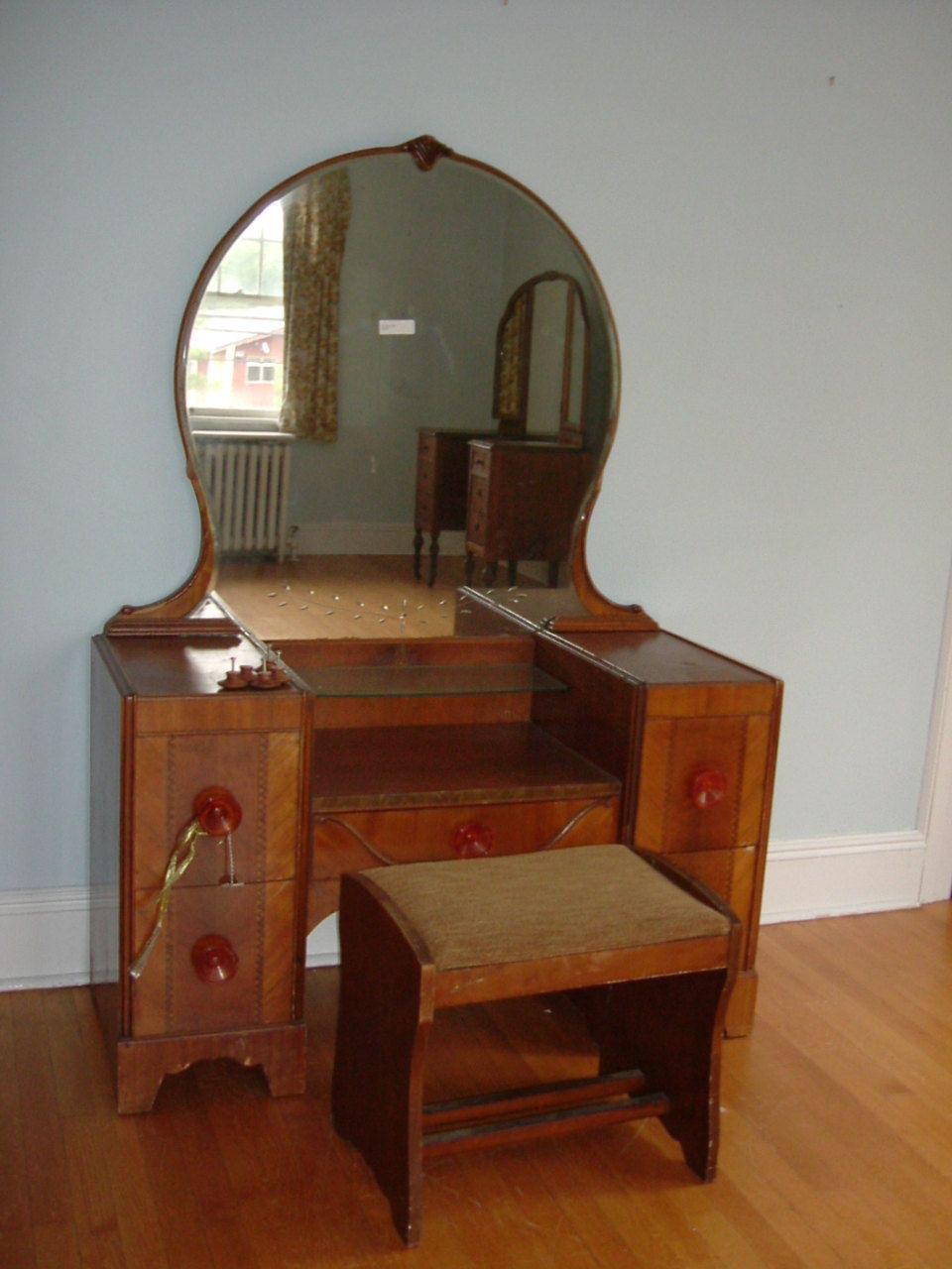 Art Nouveau Vanity I Swoon Antique Vanity Table Art Deco Vanity