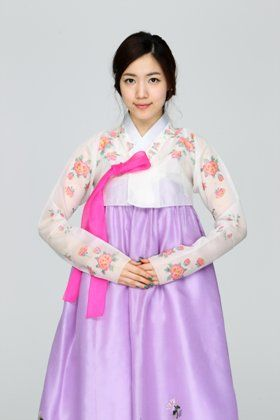 hwayoung | Tumblr    Hanbok - traditional costume