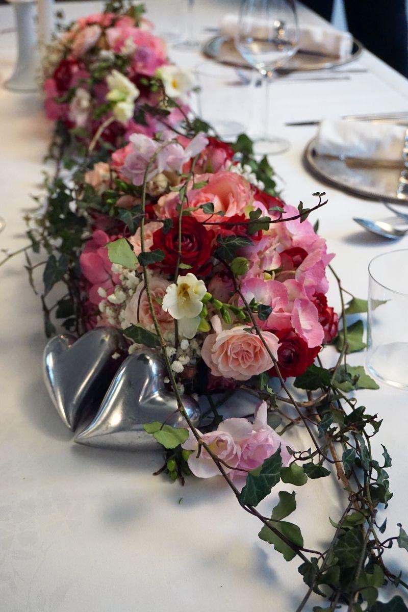 Tischgesteck,Tischdekoration,Gesteck Tischdeko creme Blumengesteck