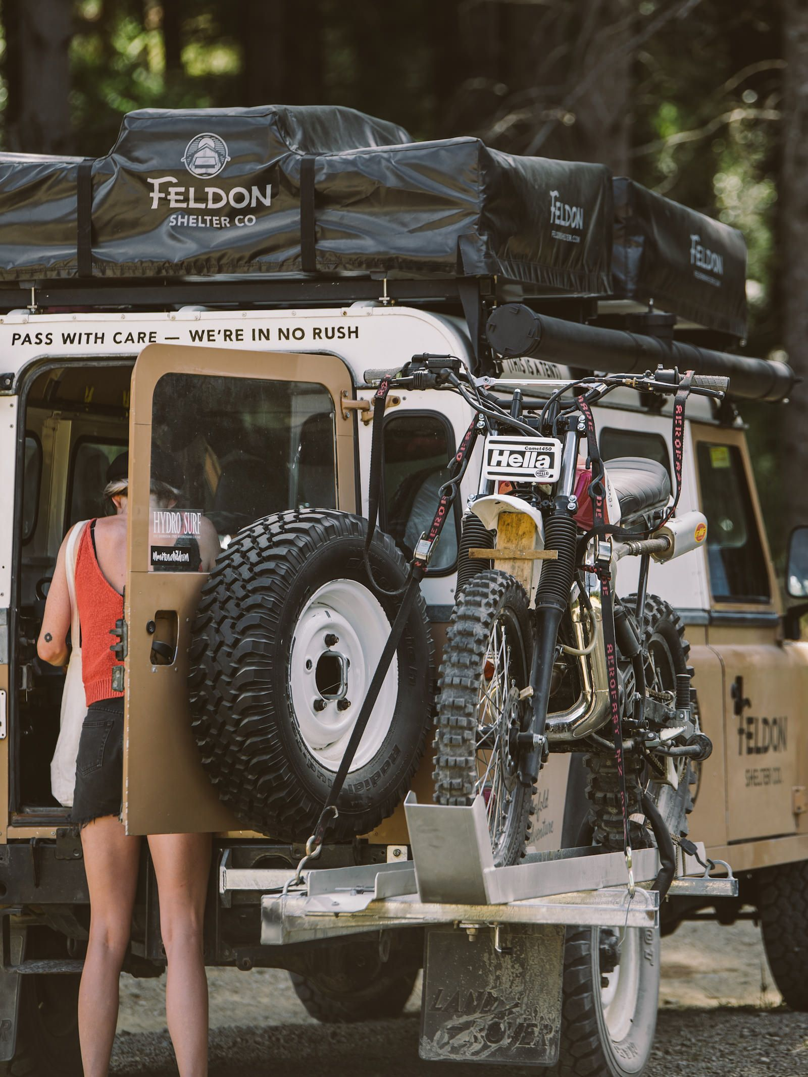 The Crow S Nest Extended Rooftop Tent By Feldon Shelter Land Rover Land Rover Series Land Rover Defender