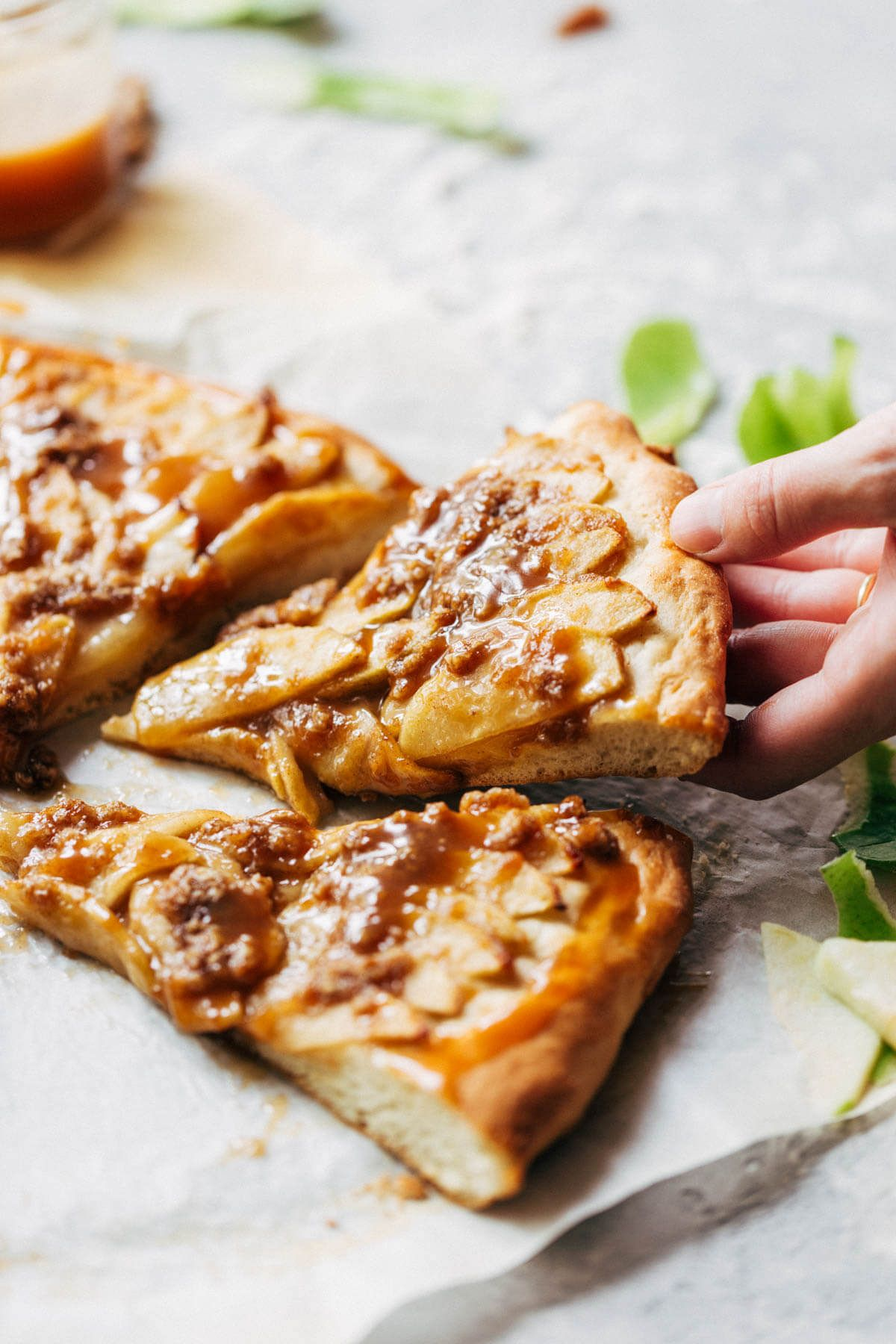 Caramel Apple Dessert Pizza Recipe Dessert Pizza Apple