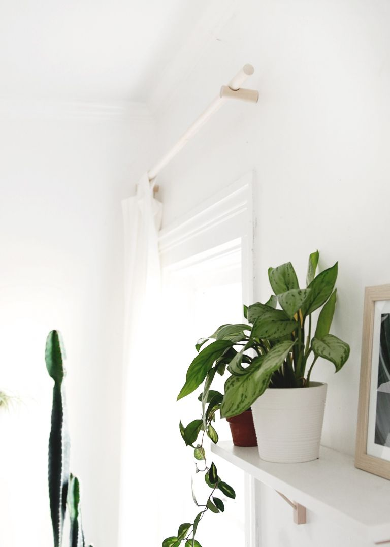 Learn How To Make These Simple Wood Dowel Curtain Rods Diy Homedecor Curtainrods Dowelproject