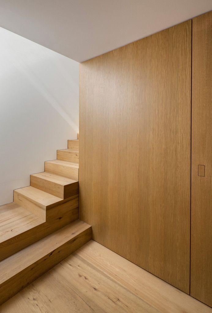 Modernes Wohnhaus in... Treppendesign, Wohnhaus, Haus