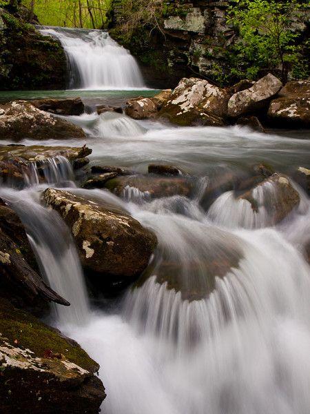 Chutes Victoria: Little Punchbowl Falls, Along Bear Creek In The Ozark