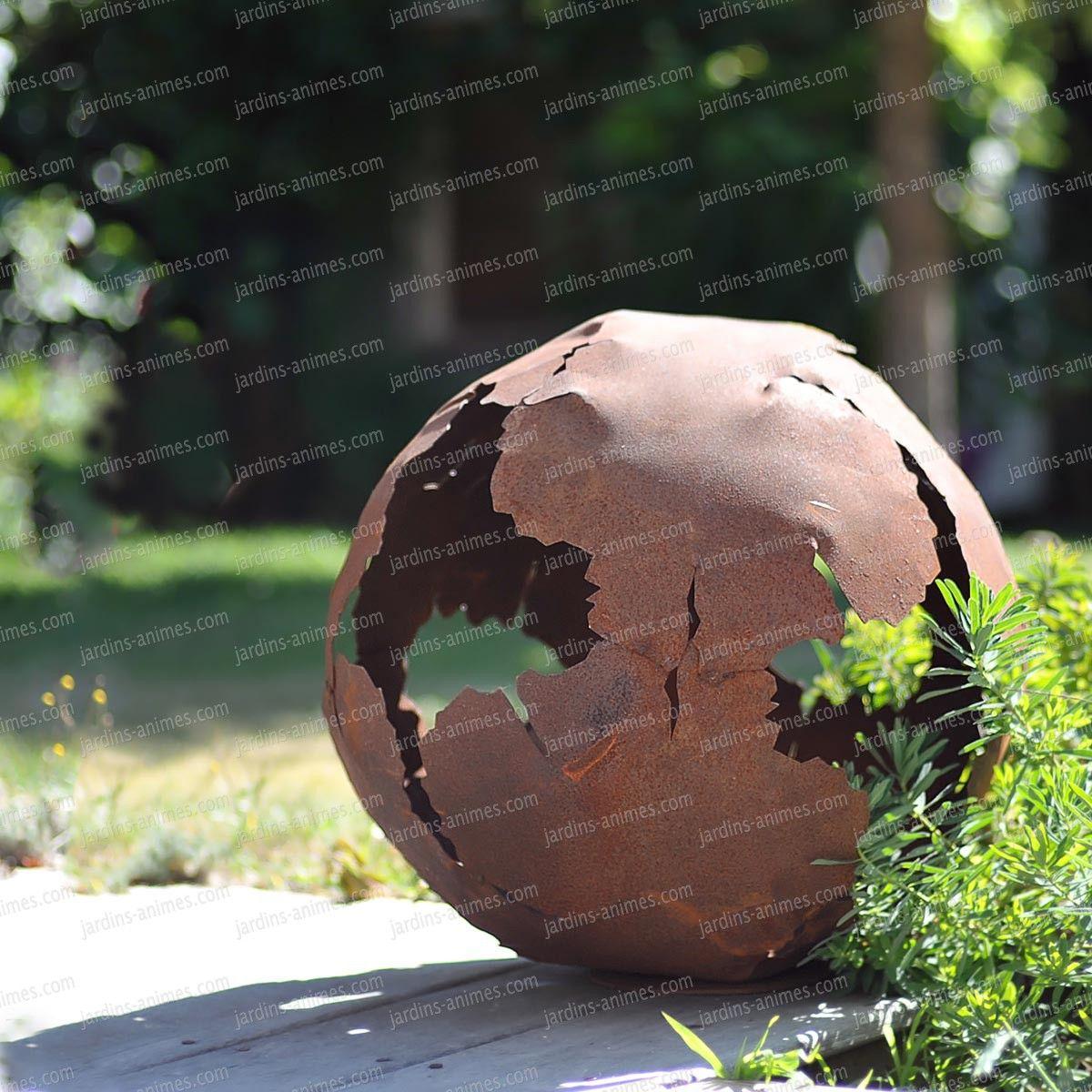 Boule en métal découpe laser d.40cm | Métal rouillé, Laser et ...