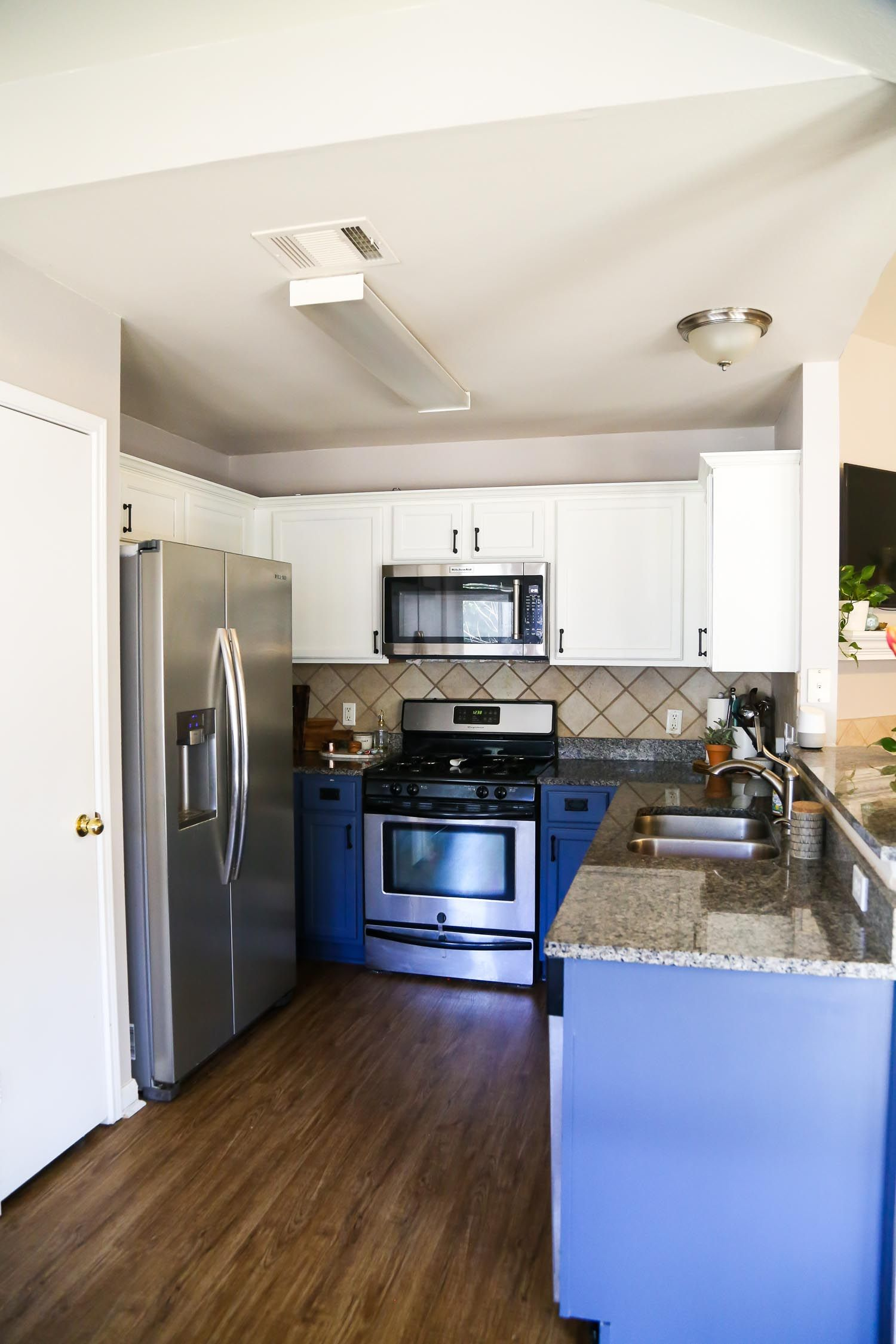 tips and tricks for painting kitchen cabinets the best on best paint for kitchen cabinets diy id=93736