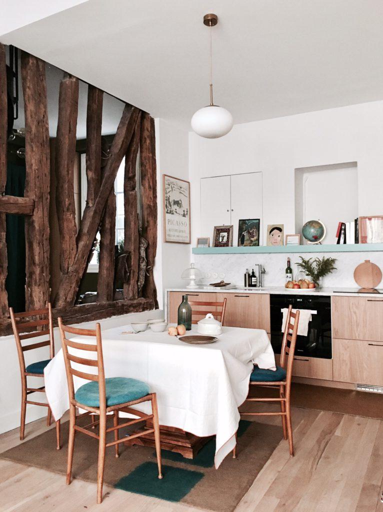 Visite Privee Chez Camille Hermand Billie Blanket Meuble De Cuisine Ikea Cuisine Appartement Tete De Lit Habitat