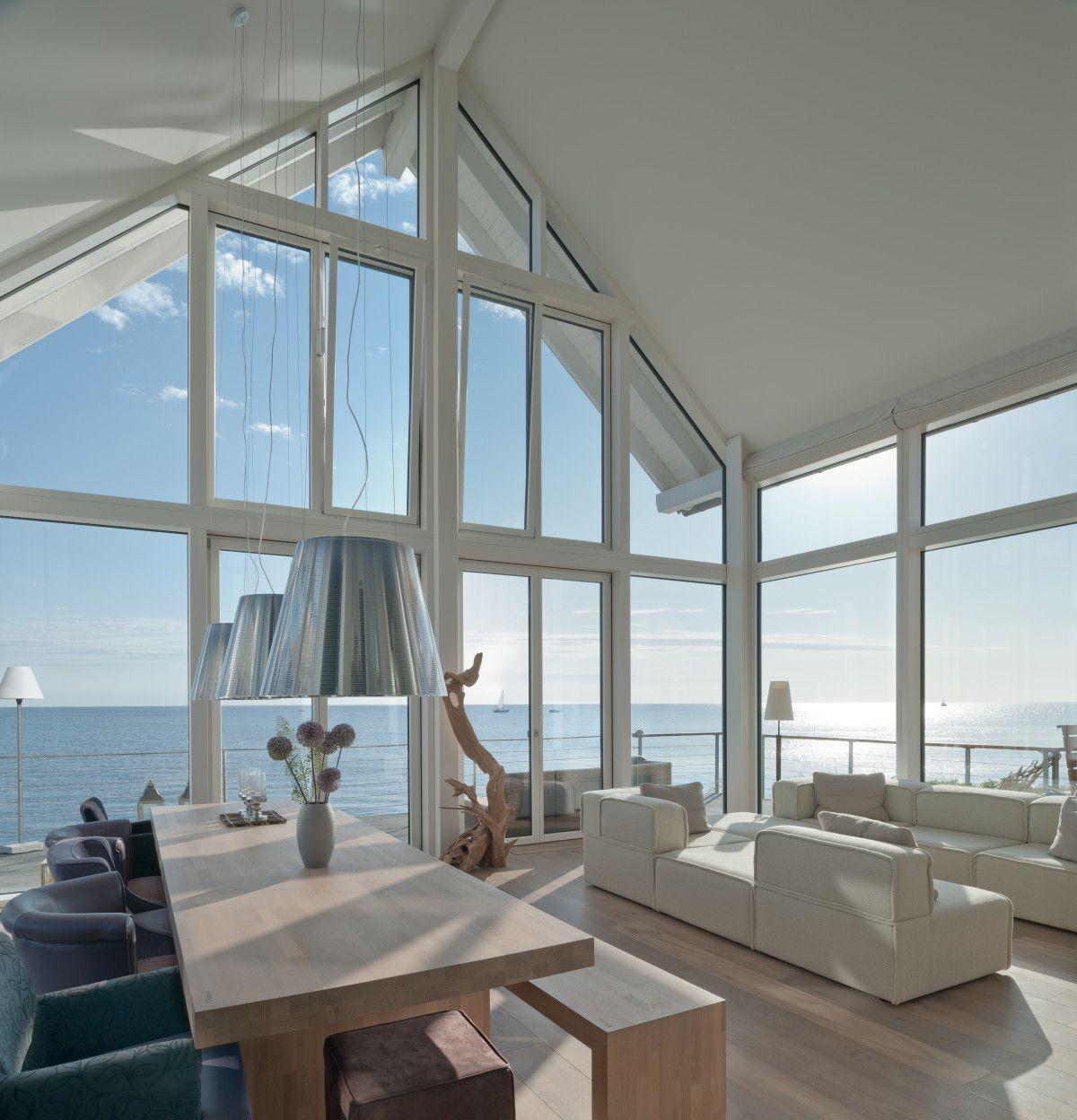 Wohnzimmer Loft mit Meerblick  Maritime Innenarchitektur Haus