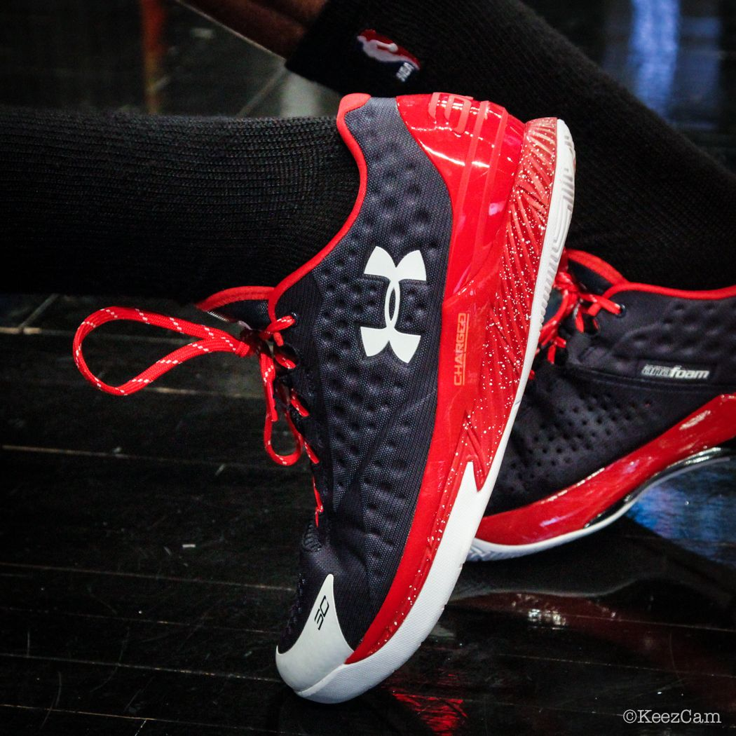 e748eb40f7ec Kent Bazemore s Under Armour Curry One Low PE (1)