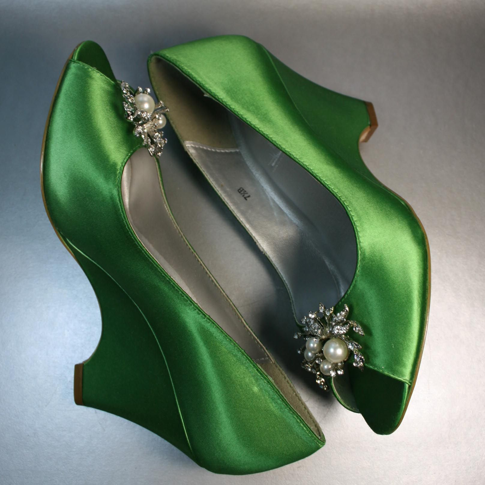 Images of Green Shoes Wedding - Weddings Pro