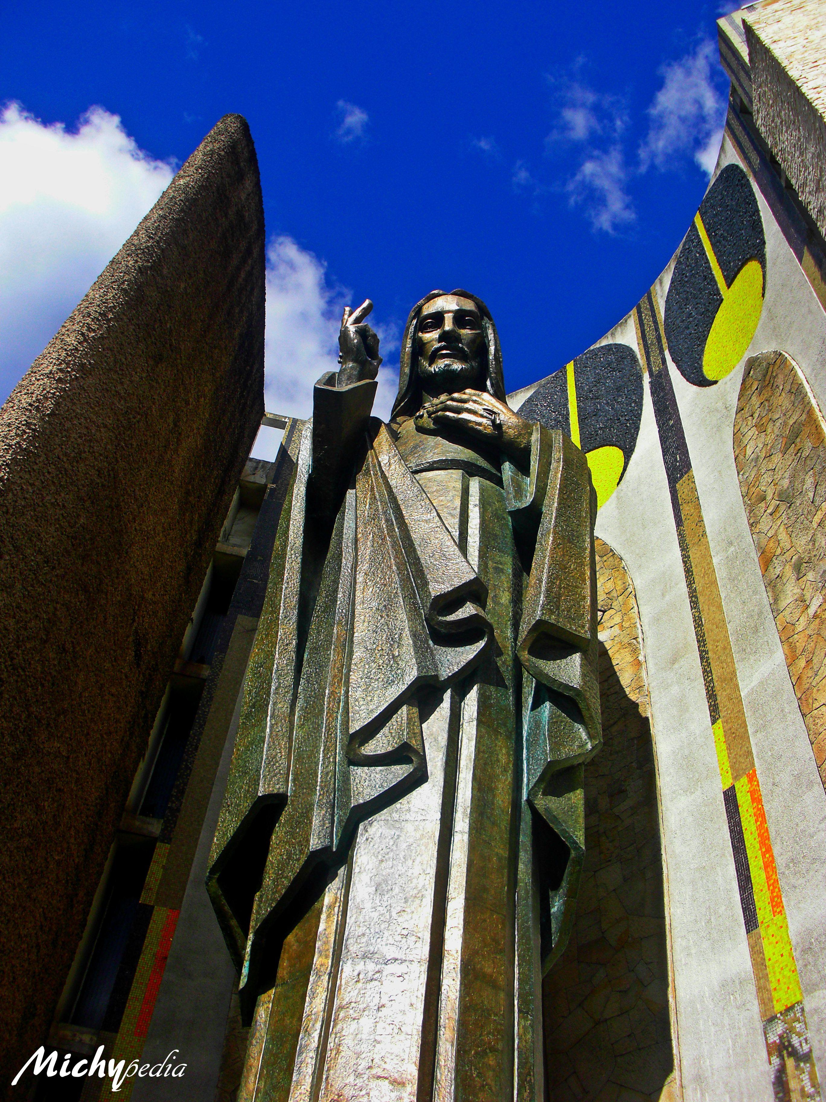 Iglesia Sagrado Corazón De Jesús Ciudad De Guatemala Guatemala Darth Vader Photo