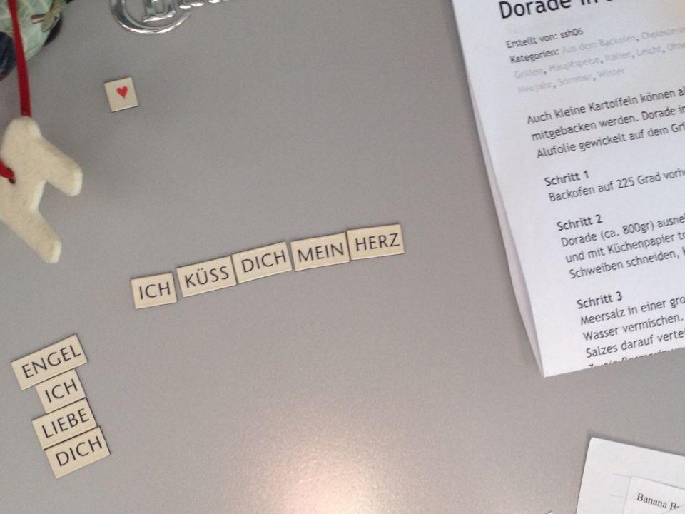 Kühlschrankpoesie : Kühlschrankpoesie hashtag on twitter