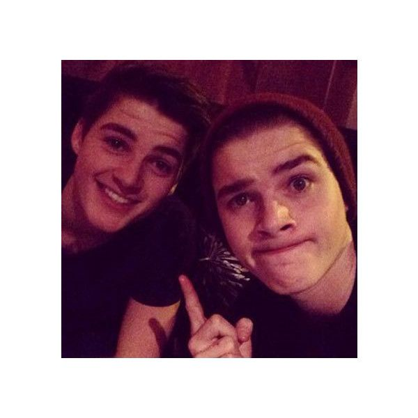 Jack and Finn Harries fitness appreciation gallery ❤ liked on Polyvore featuring youtubers, pictures, jack and finn, boys and jack and finn harries