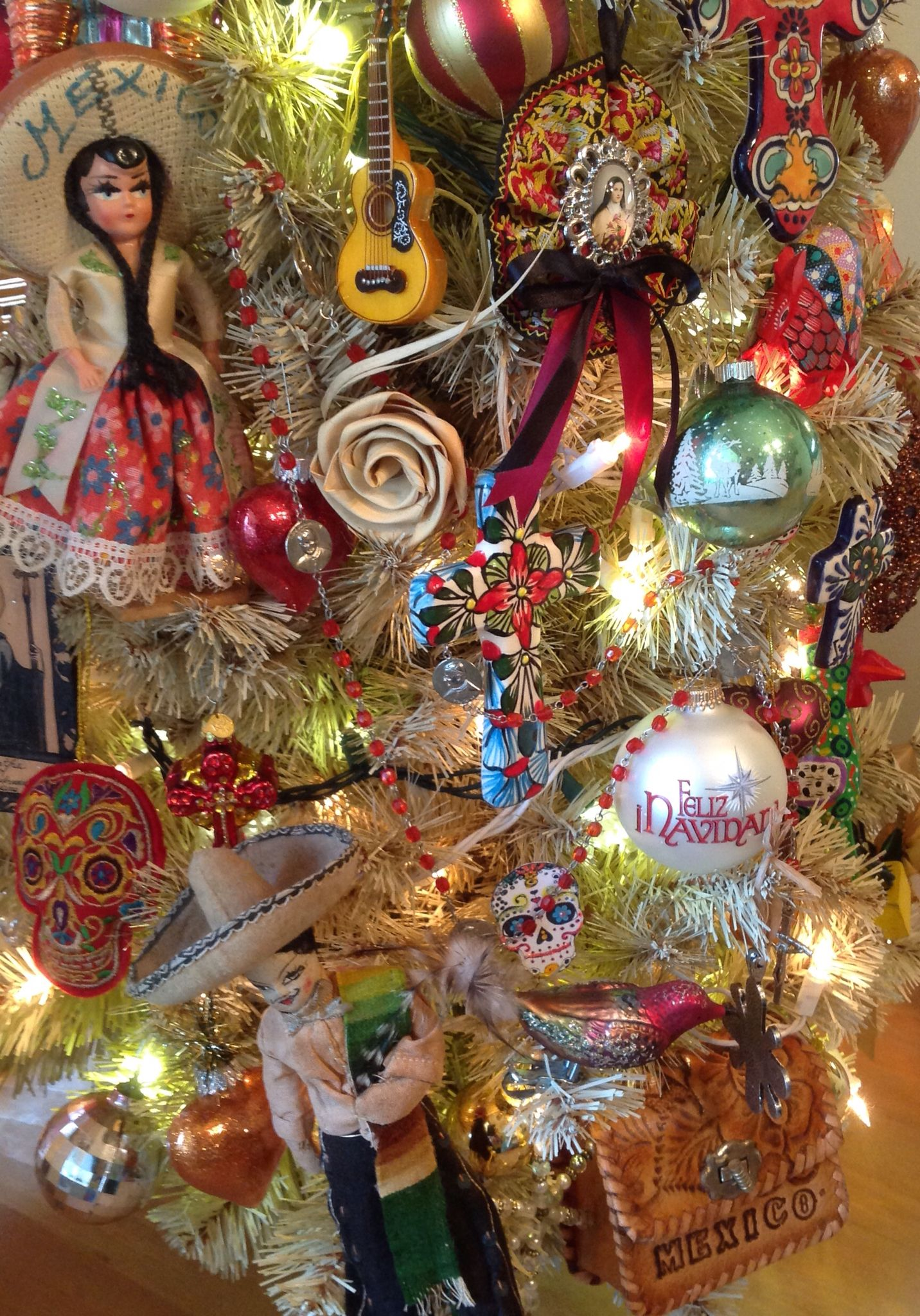 Traditional mexican christmas decorations - Christmas Tree Mexican Themed Christmas Tree