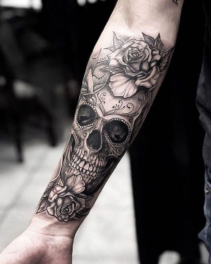 Skull tattoos arm ; schädel tattoos arm ; crâne tatouages bras ; brazo de tatuajes