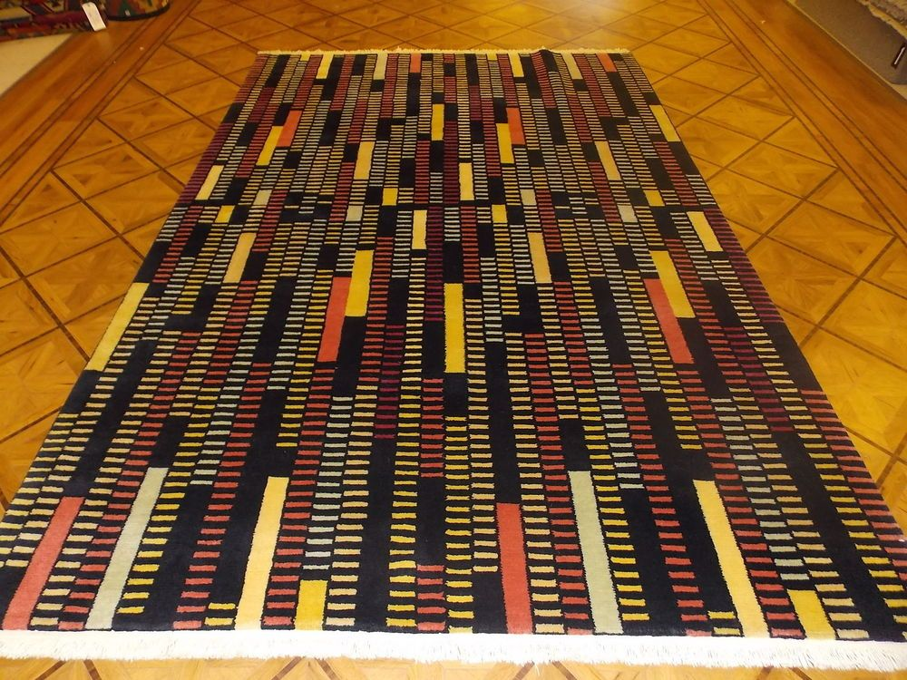 "6' 7"" x 10' 1"" Black Yellow Red Multi colored Hand Knotted Wool Modern Area Rug - $459.00"