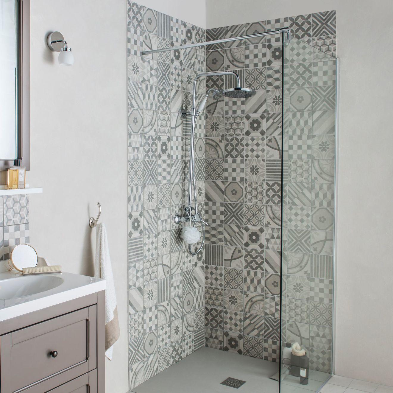 Les plus beaux carrelages muraux pour une salle de bains - Carrelage salle de bains design ...