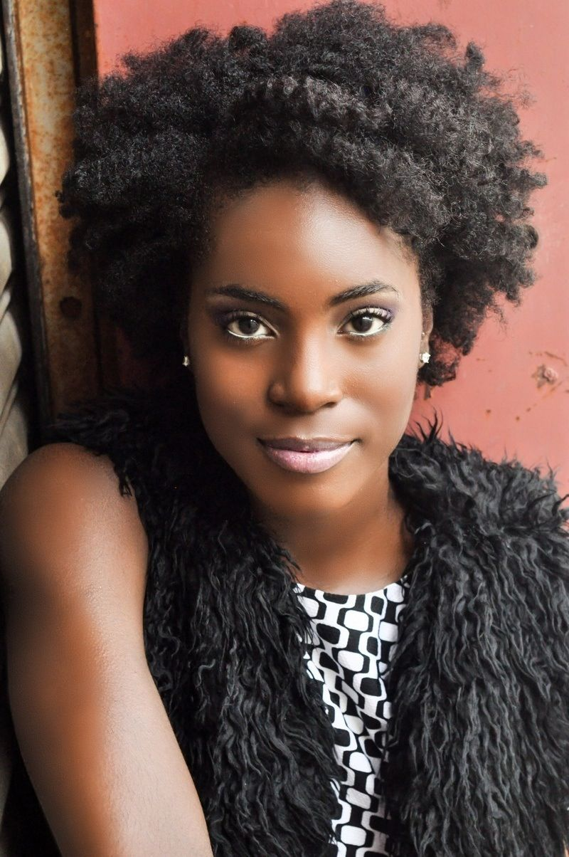 NATURAL HAIR OBSESSION/ No matter what hair type you choose, hair is a beautiful accent!