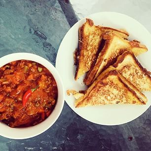 Beef chilly with grilled cheese. | 22 Delicious Things That Could Get You Arrested In Maharashtra