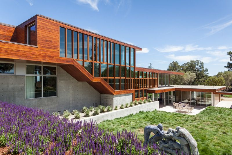 A home in California designed for an art collector