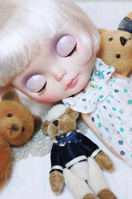Custom Commissions Blythe Doll.   Flickr - Photo Sharing!