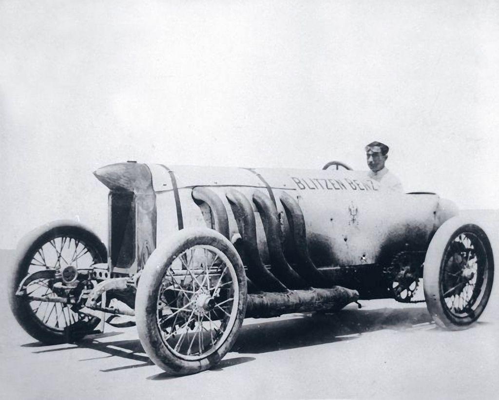 Blitzen Benz Bob Burman Set World Speed Record In 1911 At Daytona Beach 140 Mph Vintage Race Car Vintage Racing Race Cars