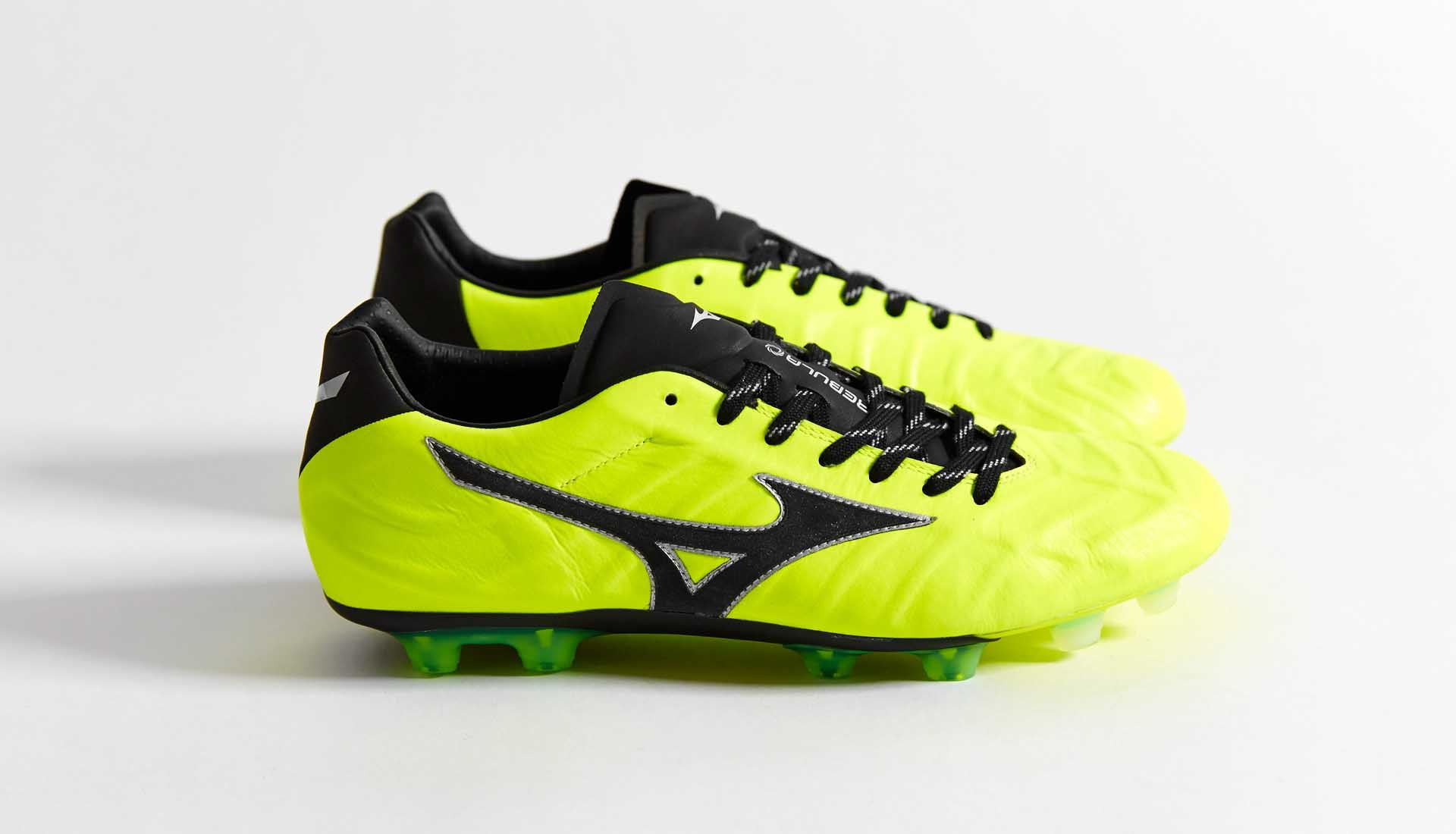 c54bb0c55072 Yellow Coat, Yellow Black, Soccer Shoes, Football Boots, Cleats, Sports,