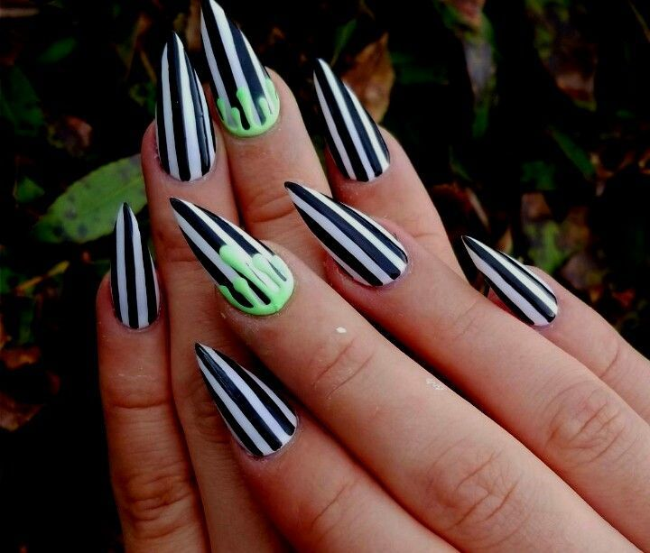 Beetle Juice | Horror nails, Halloween acrylic nails ...