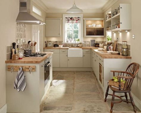 Howdens Kitchen Good Layout For Small Kitchen Kitchen Remodel Small Country Kitchen Designs Cottage Kitchens