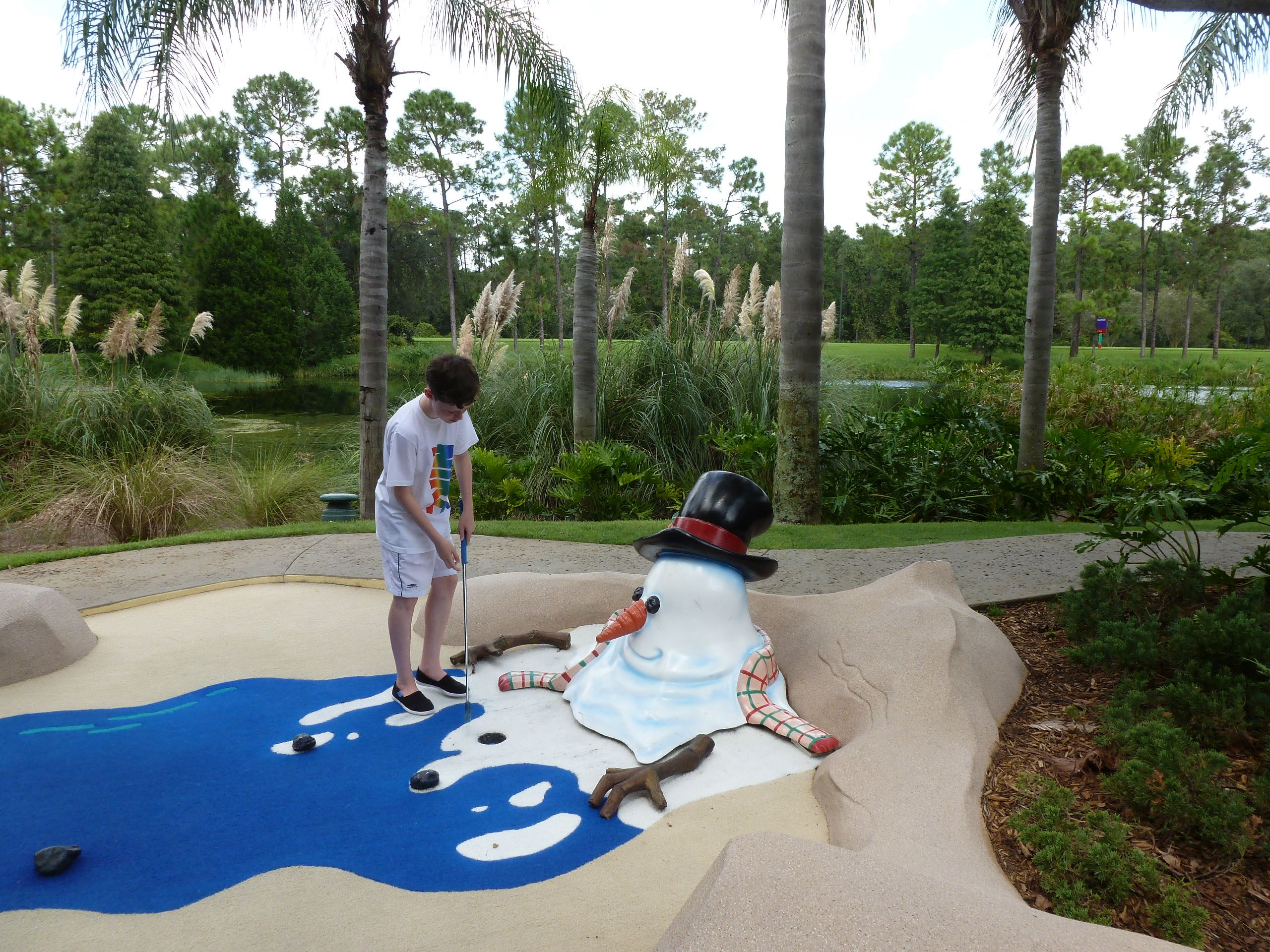 Pin By Liliane Opsomer On Wdw Mini Golf Disney Quest Coronado Springs Resort Disney Disney Quest Coronado Springs Resort