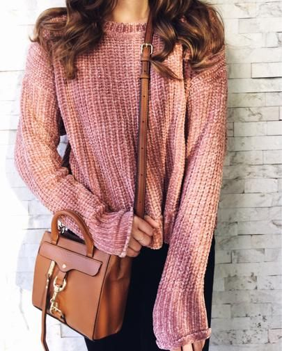 886a5e77cfa Pink Chenille Sweater. Pink and black outfit. Pink sweater outfit. Cognac  crossbody outfit