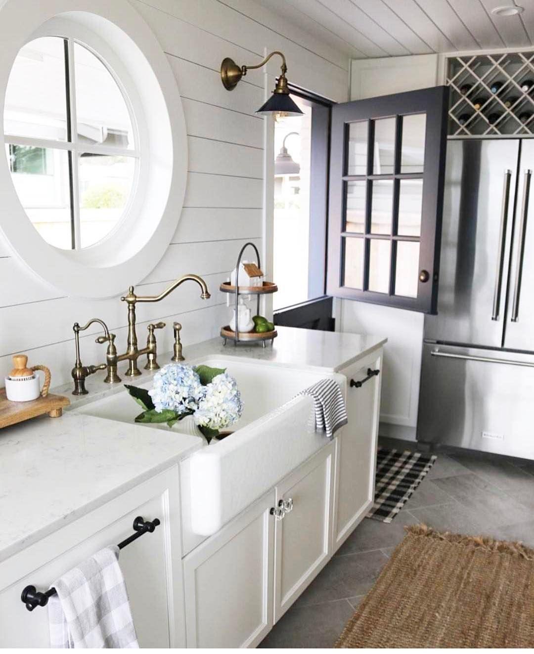 Cozy white kitchenshiplap, farmhouse sink Kitchen sink
