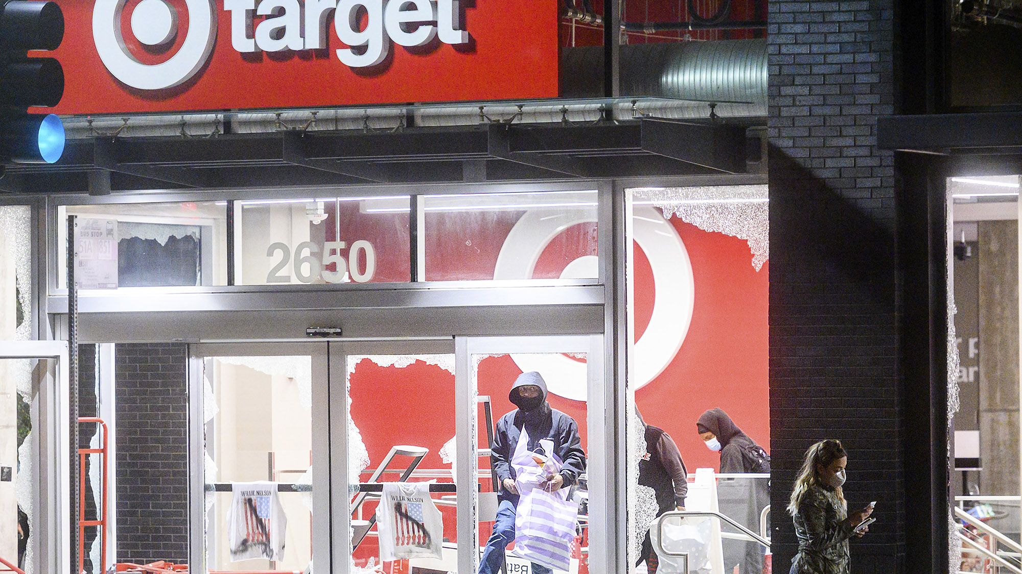 Fox Biz News Target Closes 175 Stores Nationwide After Minneapolis Protests In 2020 Minneapolis Protest Minneapolis Protest