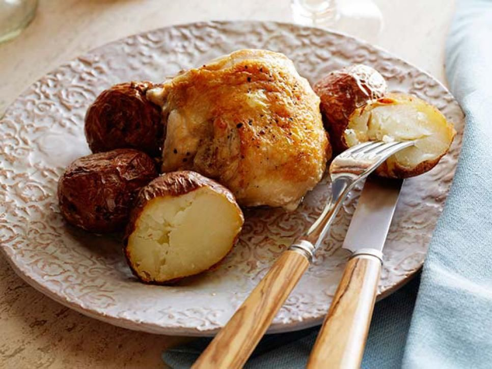 Healthy chicken recipes food network healthy recipes dinners discover all the ways that healthy baked chicken can transform your weeknight dinner routine with these recipes from your favorite food network chefs forumfinder Image collections