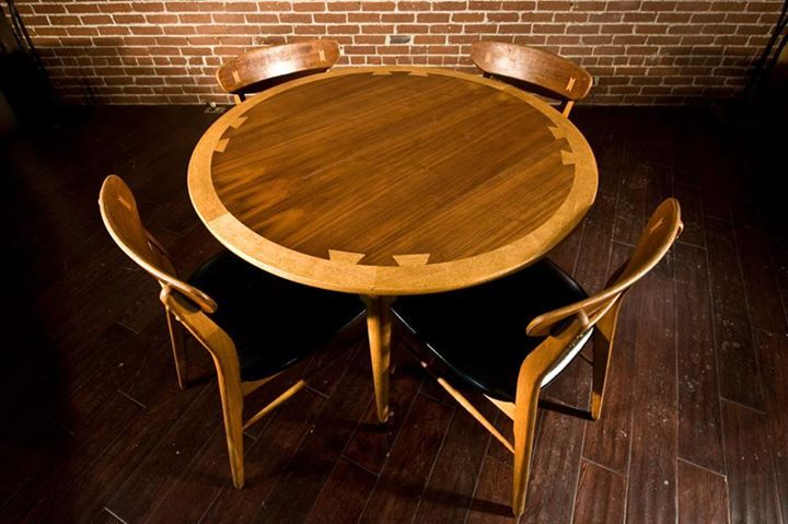 32+ Lane dining table and chairs Top