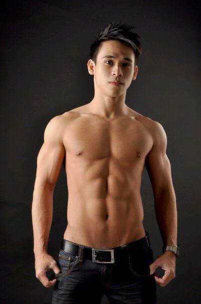 Lovely Asien, Sexy Asiaten, Sexy Männer, Asiatische Jungs, Junge Fotos, Süße  Jungs, Baumstämme, Baden, Schwimmen