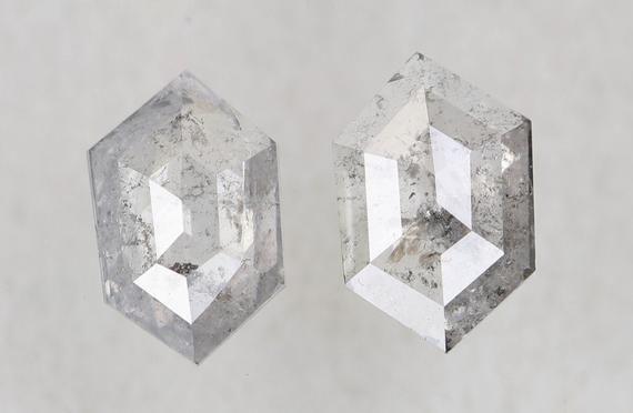 2.04 Ct DG5940 6.5 X 3.3 X 1.8 MM Crystal Diamond Natural Rustic Diamond Black Salt And Pepper Kite Shape Diamond For Engagement Jewelry