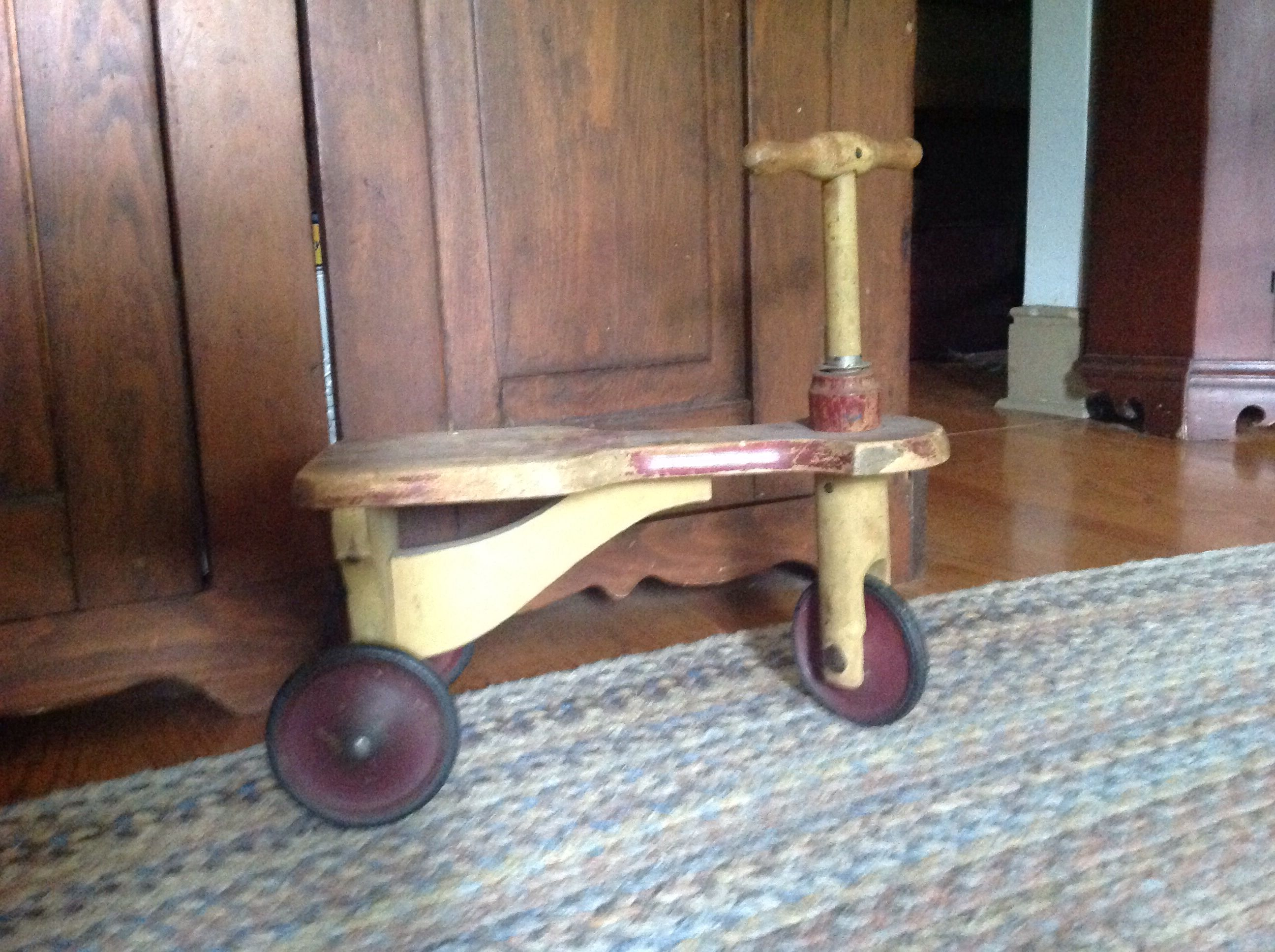 Child's trike in org. Paint