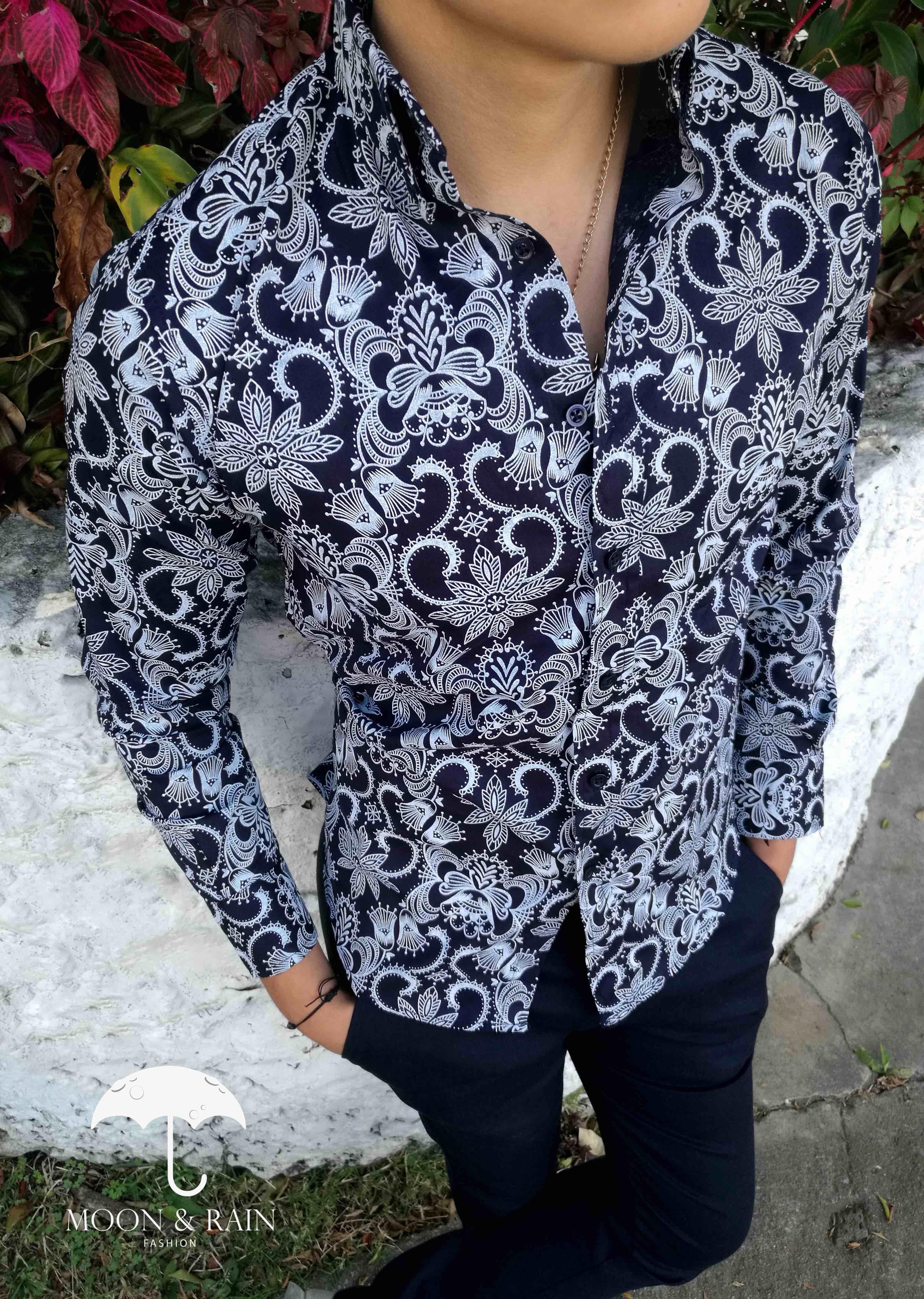 Camisas floreadas, ¿directas a tu armario o a la hoguera