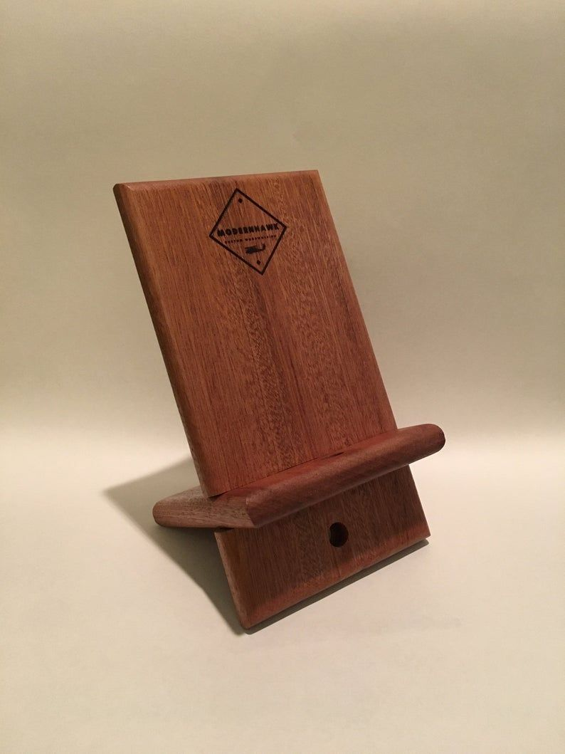 Phone Dock / Phone Stand / Ipad Stand